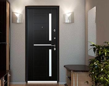 установка металлических дверей в Молодечно