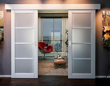 установка раздвижных дверей в Фаниполе