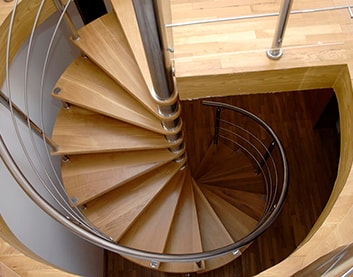 Винтовые лестницы в Буда-Кошелёво