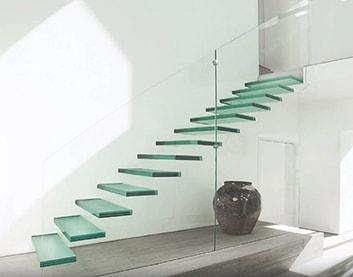 Стеклянные лестницы в Климовичах