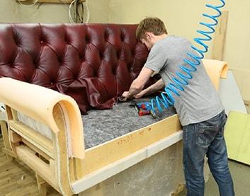 Обивка мебели в Крупках