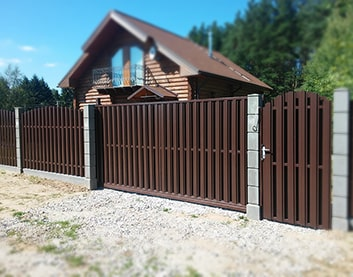 Ворота из металлоштакетника - Червень