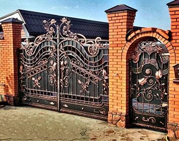 Кованые ворота в Высоком